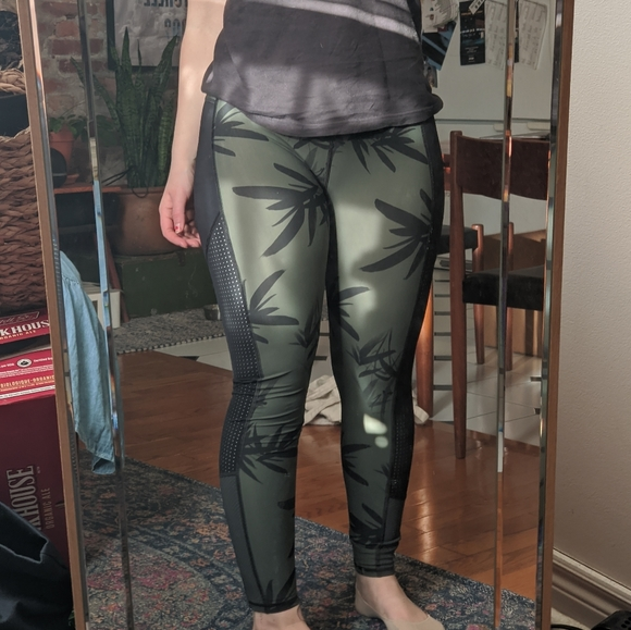 Tropical Green Sweaty Betty Leggings